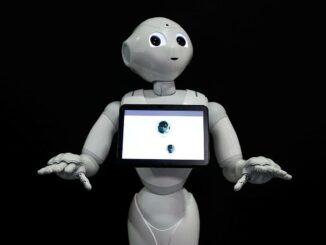Robot điều dưỡng chăm sóc người già